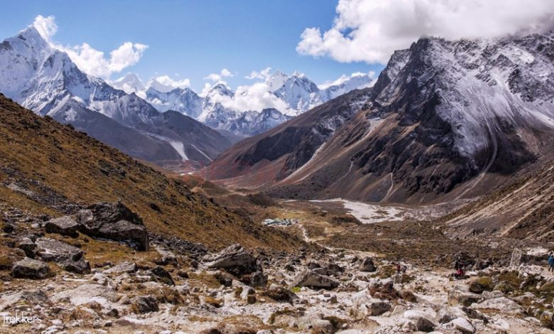 Hike to Pheriche (4270m/14070 ft)